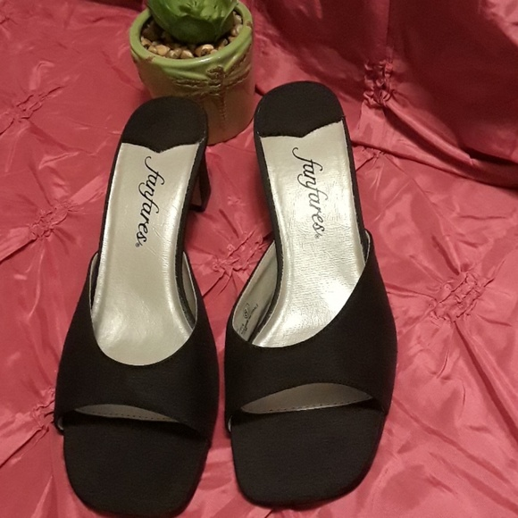 bb95679179697 Fanfares 8 1/2 black sandles